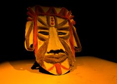How to make an African mask with video instructions.