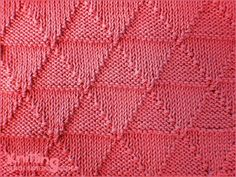 Knit/purl Triangles | Reversible stitch pattern looks identical on both sides.