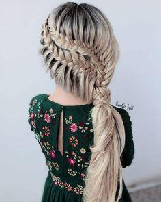 #uniwigs #designmehair #beyondtheponytail #americansalon #licensedtocreate #cosmoprofbeauty #braidinspo #yourbraids #ittakesapro #modernsalon #weddinghairinspo #bridalhairinspo #infinitybraid #behindthechair #beautylaunchpad #thebtcfix #braidinglife #masterofbraids #stylistssupportingstylists #bridalhairinspo #hairoftheweek #hairoftheday #maneaddicts #ulyanaaster #samvillahair #hairstyleconfessions #weddinghairstyles #weddinghair #fishtailbraid #frenchbraids