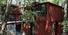 Diseñar casas con contenedores(containers) es una nueva forma de construir a muy bajo costo y con menos tiempo de obra. Para hacer la vivienda más accesible, respetando el medio ambiente, a muchos…