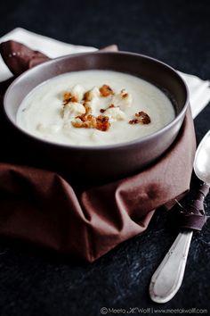 Creamy Cauliflower Soup with Parmesan Cauliflower Crumbs