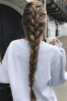 These are some of the best going out hairstyles you need to try! These are some of the best going out hairstyles you need to try! Pretty Braided Hairstyles, Going Out Hairstyles, French Braid Hairstyles, Box Braids Hairstyles, Cool Hairstyles, French Braids, Winter Hairstyles, French Fishtail, Brown Hairstyles