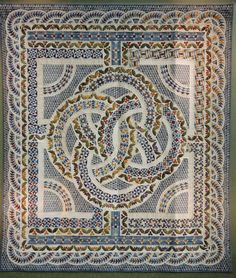 Quilt by Akiko Watanabe. 2nd place, 2015 Tokyo International Quilt Festival.  Photo by Julie Fukuda | My Quilt Diary