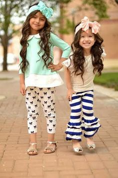 Only pinning this for the adorable peter pan collar tunic bow print leggings. The rest is not my style.