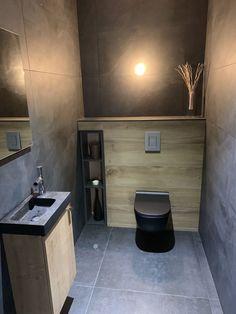 Toilets rdc, almost finished - Wood Decora la Maison Small Toilet Design, Bathroom Design Small, Bathroom Interior Design, Modern Interior Design, Modern Bathroom, Interior Design Living Room, Toilet Room Decor, Small Toilet Room, Wc Design