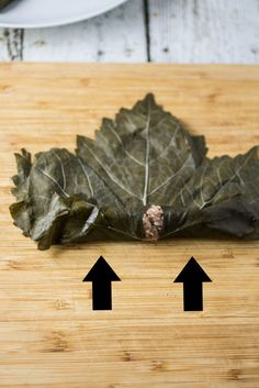 Easy recipe for Meat & Rice Stuffed Grape Leaves, a Mediterranean classic. Grape Leaves Recipe, Stuffed Grape Leaves, Easy Delicious Recipes, Easy Recipes, Middle Eastern Recipes, Greek Recipes, Easy Meals, Food And Drink, Rice