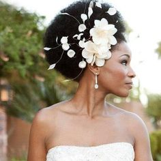 source: BoutiqueDeBandeaux (Etsy) Last week, I shared an Infiniti commercial that featured a natural bride, because it really struck me and made me smile (see the commercial here). Someone wrote an…