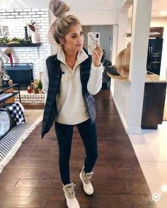 99 Fabulous Fall Outfits Ideas To Wear Everyday Outfits 2019 Outfits casual Outfits for moms Outfits for school Outfits for teen girls Outfits for work Outfits with hats Outfits women Winter Outfits Women 20s, Winter Outfits For Teen Girls, Winter Outfits For Work, Casual Winter Outfits, College Winter Outfits, Cold Weather Outfits For School, Vest Outfits For Women, Winter Outfits 2019, Casual Fall Fashion