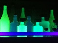 Glowing+Highlighter+Bottles++•++Free+tutorial+with+pictures+on+how+to+make+a+bottle+lamp+in+under+10+minutes