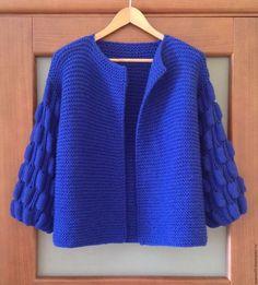 Knitting Stitches, Knitting Designs, Free Knitting, Big Knit Blanket, Big Knits, Work Tops, Crochet Cardigan, Knitted Bags, Irish Crochet