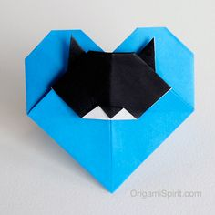 Do you like origami hearts? What about origami cats? This sweet and easy heart is the creation of Brians Tjipto (Indonesia). The model has a pointy flap that forms a convenient pocket into which a love message or romantic invitation can be placed. Additionally, I thought to add a small cat head as an expression […]