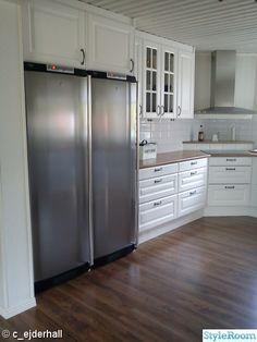 For the love of interior - Hemma hos cathrinesjovik Decor, Cabinet, Interior, Kitchen, Kiosk, Home Decor, Kitchen Cabinets