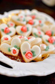 100 Pcs Mini Heart Cookie Favor Wedding Favors by MarinoldCakes
