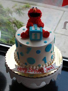 Elmo First Birthday Cake Diy Elmo Birthday Party, Baby First Birthday Cake, Elmo Party, Dinosaur Party, 2nd Birthday, Birthday Ideas, Elmo Cake, Occasion Cakes, Cakes For Boys