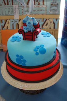 Blue's Clues Cake! Thinking of doing this for Landons 1st Birthday!