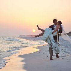 beach wedding sunset Wedding Beach Ideas Sunset For 2019 Wedding Fotos, Beach Wedding Photos, Beach Wedding Photography, Sunset Wedding, Wedding Beach, Wedding Ideas, Sunset Beach Weddings, Trendy Wedding, Destination Wedding