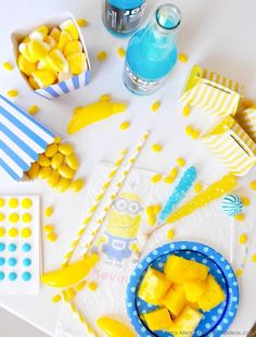 Minions Prints Paper Towels + Napkins from Bounty! Fun party clean up! Via Kara's Party Ideas | Kara Allen #minions #quickerpickerupper