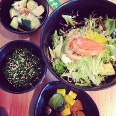 Momoco Sushi (Hawthorn): Avocado Salad and side dishes.