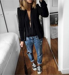 Five jeans, outfits with converse, black converse, jeans converse o Tomboy Chic, Tomboy Fashion, Look Fashion, Casual Chic, Autumn Fashion, Womens Fashion, Smart Casual, Feminine Tomboy, 2000s Fashion