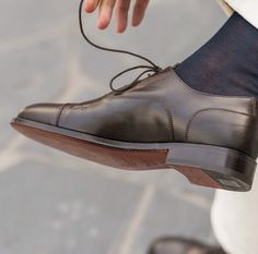 """""""Concision in style, precision in thought, decision in life."""" - Victor Hugo - --------------------------------------- """"Marchès"""", our #oxford in brown leather available online at www.velasca.com. Link in profile to #shop. #velascamilano #madeinitaly #shoes #shoesoftheday #shoesph #shoestagram #shoe #fashionable #mensfashion #menswear #gentlemen #mensshoes #shoegame #style #fashion #dapper #craftsmanship #artisan"""