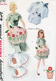 1951 Simplicity 3741 Apron Sewing Pattern Vintage Retro Half UNCUT Womens and Childrens With Transfer. via Etsy. Vintage Apron Pattern, Motif Vintage, Retro Apron, Look Vintage, Vintage Sewing Patterns, Apron Patterns, Sewing Hacks, Sewing Crafts, Sewing Projects