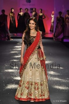 Anju Modi at Delhi Couture Week 2012
