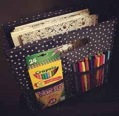 Thirty-One Gifts Fold-N-File makes a great coloring caddy. #ThirtyOneGifts #ThirtyOne  #Organization