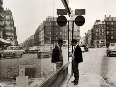 André Kertész: Paris, Autumn 1963 - Setanta Books Minimalist Photography, Urban Photography, Artistic Photography, Color Photography, Andre Kertesz, Paris, Edward Weston, Vivian Maier, Robert Doisneau