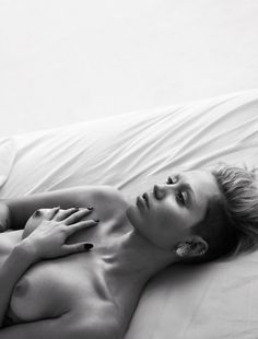 Miley Cyrus Bares All in W Magazine - Miley Cyrus-Wmag