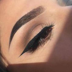 brows, eyeliner, makeup, winged eye, fleek