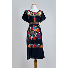 Vintage Embroidered Peasant Dress 1970s Mexican Folk With Multicolor Fl And Pea Embroidery