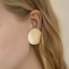 Round Fashion Statement Earrings 2018 Gold Color coin Geometric stud Earrings For Women vintage Earing modern punk Jewelry Punk Jewelry, Gold Jewelry, Jewelry Accessories, Fashion Jewelry, Luxury Jewelry, Jewellery Rings, Beaded Jewelry, Women's Jewelry, Fashion Earrings