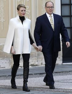 Princess Charlene and Prince Albert of Monaco make children's Christmas wishes | Daily Mail Online