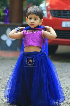 Kids Dress Wear, Fancy Dress For Kids, Kids Gown, Dresses Kids Girl, Kids Wear, Kids Indian Wear, Kids Ethnic Wear, Cute Little Girls Outfits, Kids Outfits