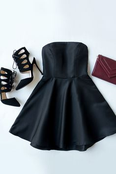 Dancing Darling Black Strapless Dress