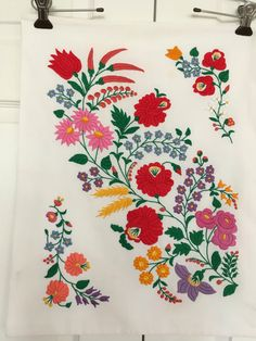 Traditional Hungarian Hand Made Pillow Case Hungarian Kalocsa Hungarian Tattoo, Hungarian Embroidery, Folk Embroidery, Learn Embroidery, Embroidery Stitches, Embroidery Designs, Hand Embroidery Patterns Free, Needlepoint Patterns, Sewing Patterns Free