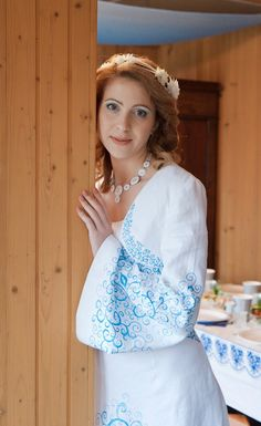 Russian wedding in the village. Russian Brides, Russian Wedding, Medieval Books, Dream Dress, Bell Sleeve Top, Lace, Photos, Tops, Dresses