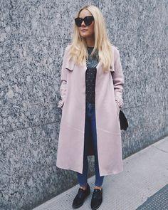 RAPHAELA (@curlyblondeela) • Instagram-Fotos und -Videos Duster Coat, My Style, Videos, Jackets, Instagram, Fashion, Zapatos, Pictures, Down Jackets