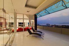 Ylellinen kuuden huoneen kattohuoneisto Pratamnakista #thaimaa #unelmatalot