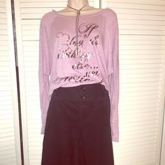 VintageVictoria secret Bridget black wide leg Sz12 Cotton twill wide leg Bridget fit cotton twill pant size 12 long has 2 pocket in back and side with wide belt loops and zipper with cute buttons sits at waist barely worn, they don't offer clothing like this anymore in vickies + will come with a free shirt not this one though Victoria's Secret Pants Trousers
