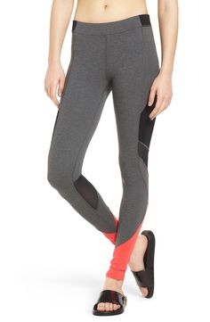 Swooning over these IVY PARK leggings that offer unbelievable support from waist to ankle in sporty color-blocked pattern.