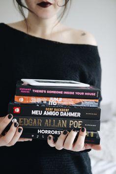 MINHAS LEITURAS PARA O HALLOWEEN http://melinasouza.com/2017/10/15/minhas-leituras-para-o-halloween/ #MelinaSouza #Books #Livros #halloween #Tights
