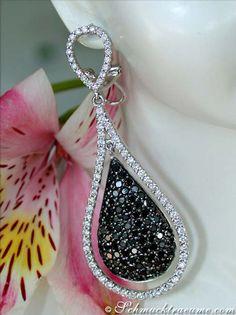 Flamboyant: Black & White Diamond Earrings, WG-14K --- 166 black diamonds, 3,48 cts.- 146 white diamonds, 1,82 cts. H-SI1 --- Find out: schmucktraeume.com -- Any questions? Contact us: info@schmucktraeume.com -- We also ship from the US.