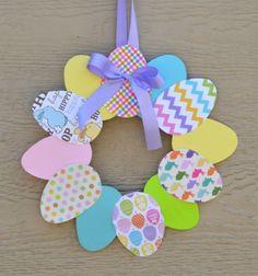 Easy paper Easter wreath - Easter decoration // Egyszerű húsvéti tojás koszorú papírból  // Mindy - craft tutorial collection