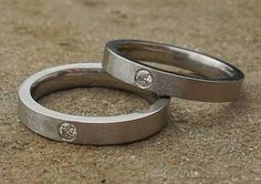 diamond titanium rings