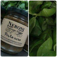 Pesto nero... #neronitradizioneitaliana #madeinitaly #ciboitaliano #sughipronti #pastafresca #foodporn #foodblogger