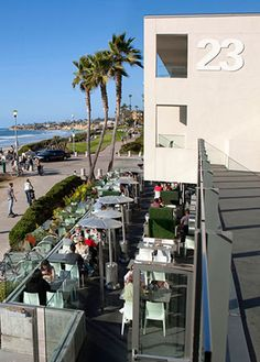 Pacific Beach: JRDN is as ideal for happy hour and brunch as it is for people-watching and sunset views. San Diego Neighborhoods, San Diego Restaurants, Pacific Beach San Diego, Best Happy Hour, Girls Weekend, Installation Art, The Neighbourhood, Brunch, California