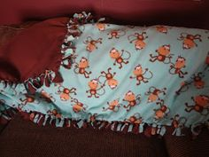The Busy Broad: Easy DIY Fleece Tie Blanket Paper Blankets (Craft Pads) As Moving and Storage Blanke Diy Tie Blankets, Fleece Blanket Diy, Homemade Blankets, Comfy Blankets, Knitted Blankets, Fleece Blankets, Baby Tie, Moving And Storage, Easy Diy