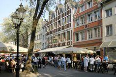 """Düsseldorf Bolkerstrasse  """"© Düsseldorf Marketing & Tourismus GmbH"""""""