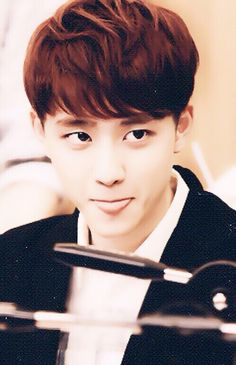 |EXO| D.O. (Kyungsoo). Oh my gosh sticking out the tongue... Adorable